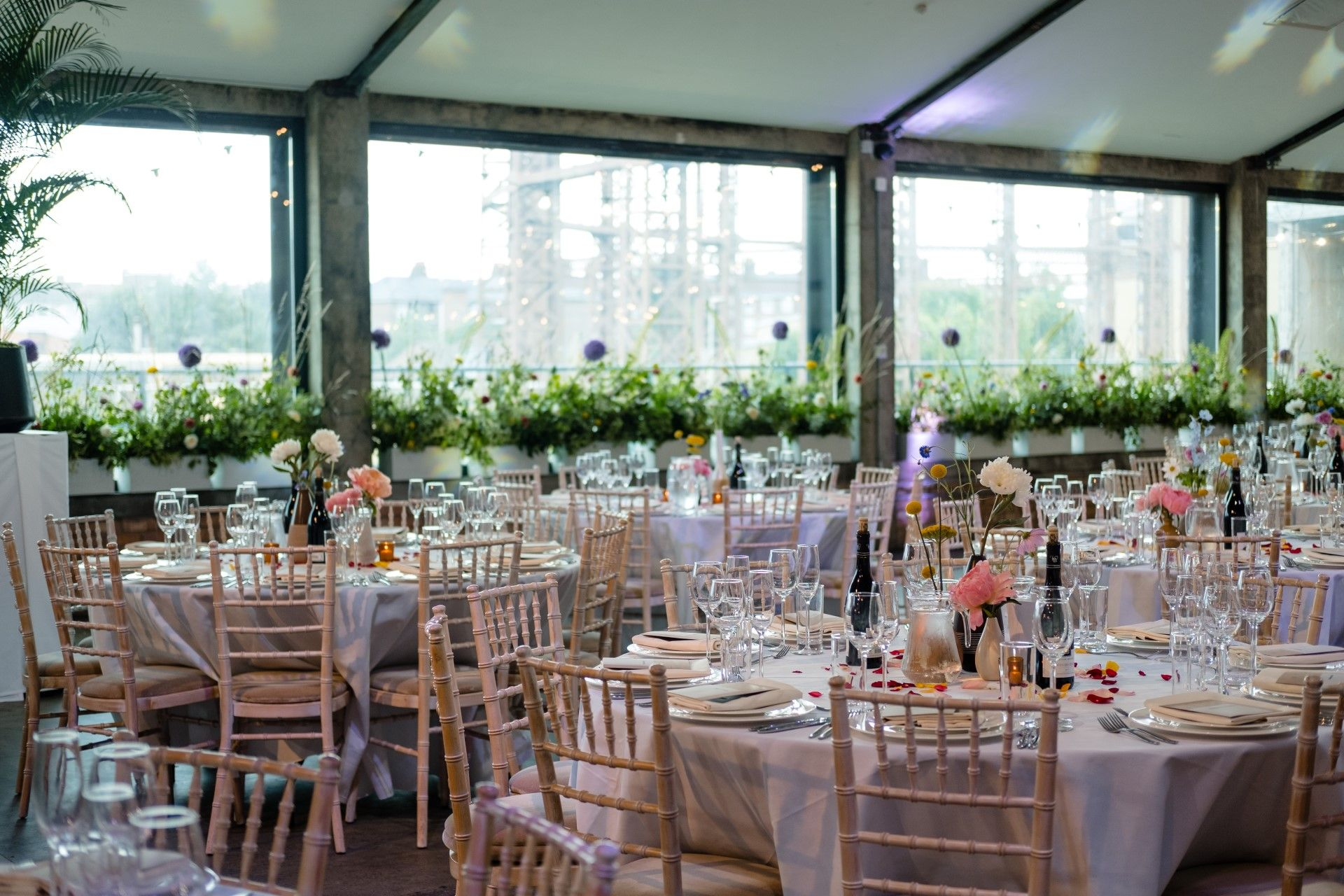 Why a Full-Service Wedding Caterer is Important