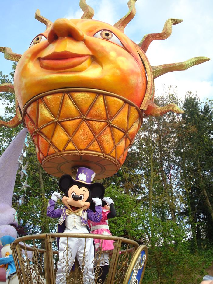 Mickey Mouse en la Gran Cabalgata.