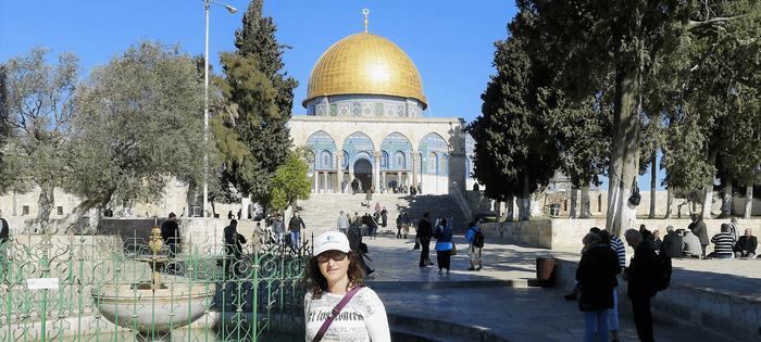 Al fondo, la Cúpula de la Roca y la Mezquita de Al Aqsa. Esta vez, me toca salir a mí