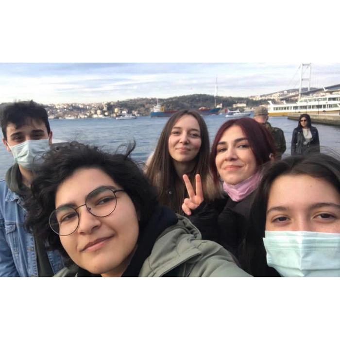 Команда AIESEC в Стамбулі, що підтримували Вікторію в період стажування зприводу логістичних питань.