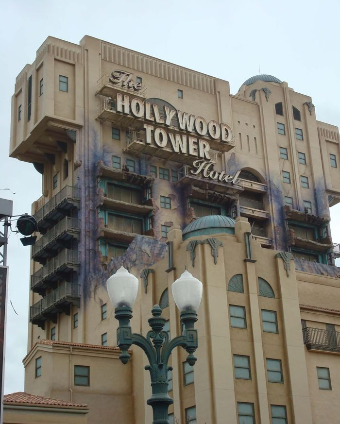 Hollywood Tower Hotel.