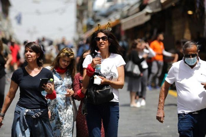С 26 июня ношение масок на улицах в Испании будет не обязательно. Фото