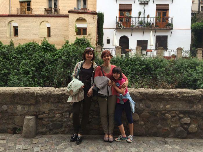 Paseo de los tristes en Granada.