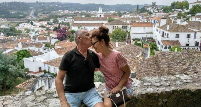 Pareja de nuestro grupo disfrutando en Portugal