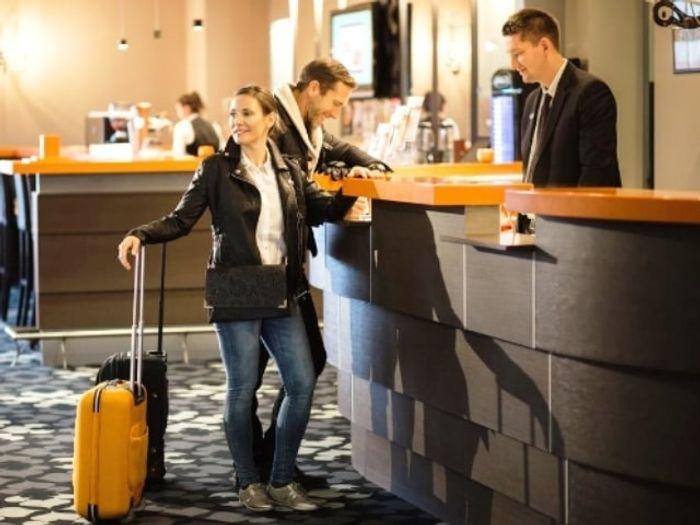 Отели Майорки проверяют совместное проживание гостей. Фото